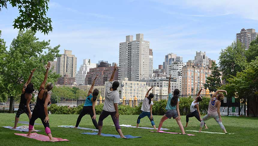 manhattan-park-yoga